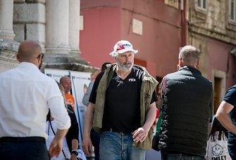 FOTO: Političari zauzeli Narodni trg kojim je odjekivao i govor Sanadera